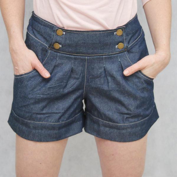 berry bubble shorts